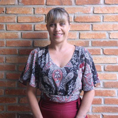 Ana Paula Zarbietti- Secretária